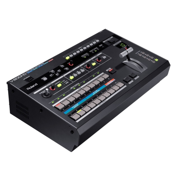 RTHAV - Roland V-800HD Video Mixer Switcher Rental